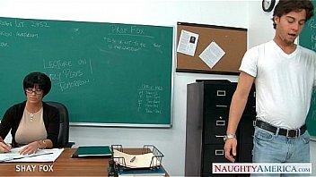 Миленькие фотография здоровенным планом бритой киски женщины