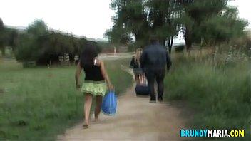 Плоскую китаяночку пердолит сильный африканец